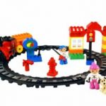 Amazon – Buy Toyhouse Electric Train Set Blocks, Multi Color (47 Pieces) at Rs. 445