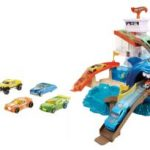 Amazon – Buy Hot Wheels Color Shifters Sharkport Showdown, Multi Color at Rs. 800